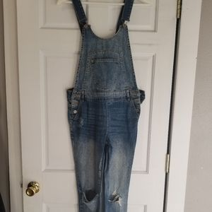 Zara Distressed skinny jeans Overalls size small